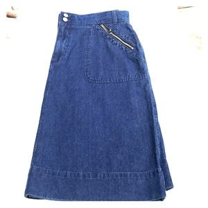 St.  John's Bay Denim Skirt In Size 12